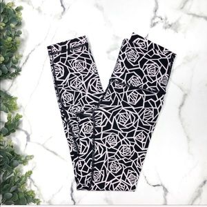 Lululemon High Times Pant *Full-On Luxtreme Posey